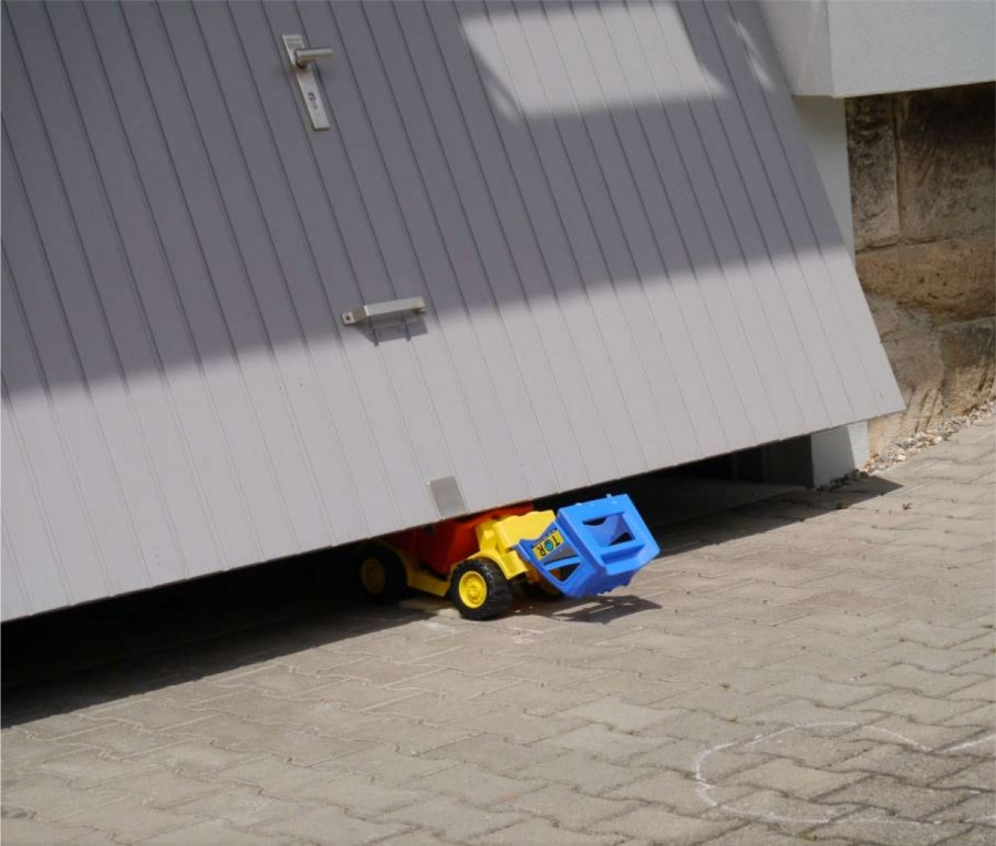 Bezpečnosť garážových brán